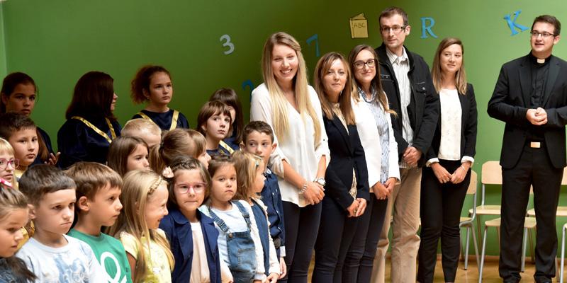 NOVSKA <br> Otvorena katolička osnovna škola