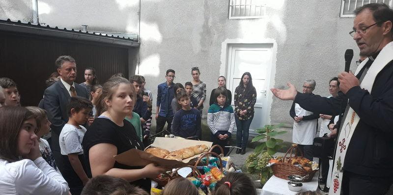 ZAGREB – FRANKOPANSKA <br> Dani kruha uz zahvalu <br> i pomoć potrebitima