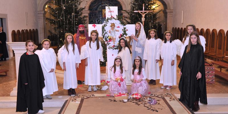 SINJ<br>Božić na križu