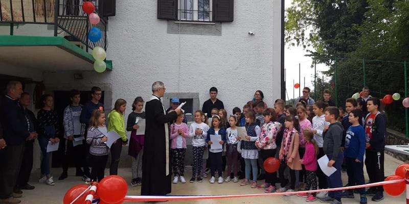 RUKAVAC<br>Igra, molitva i pjesma za najmlađe