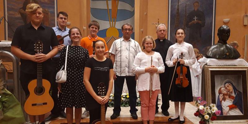 BUDAŠEVO<br>Radost uz marijanski koncert